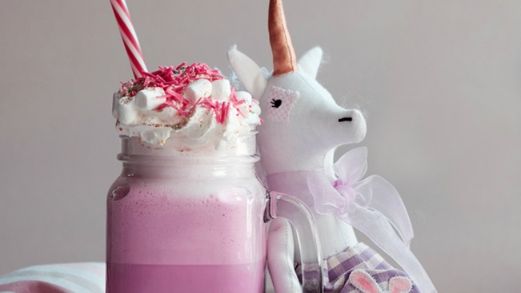 Make your own unicorn frappucino