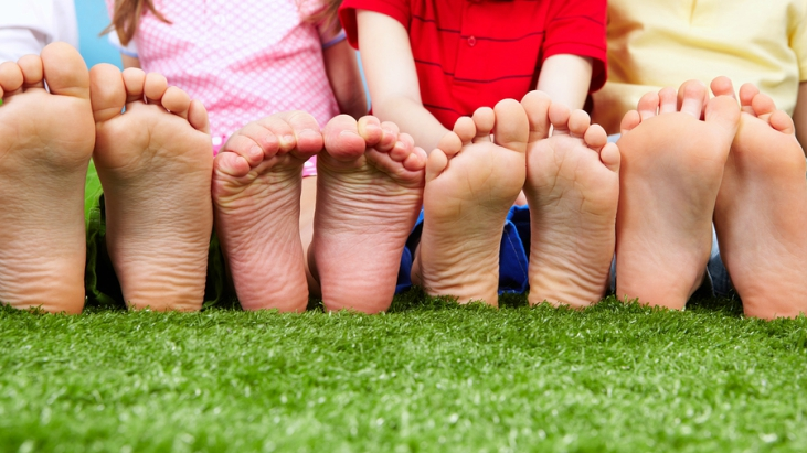 Barefoot bowls in sydney with kids ellaslist