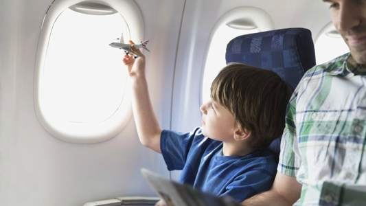 Travel longhaul flight kids
